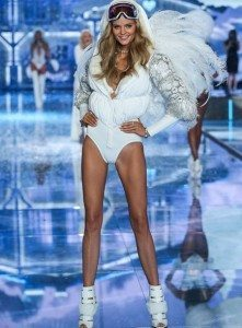 fashion-show-runway-2015-ice-angels-kate-look-4-victorias-secret